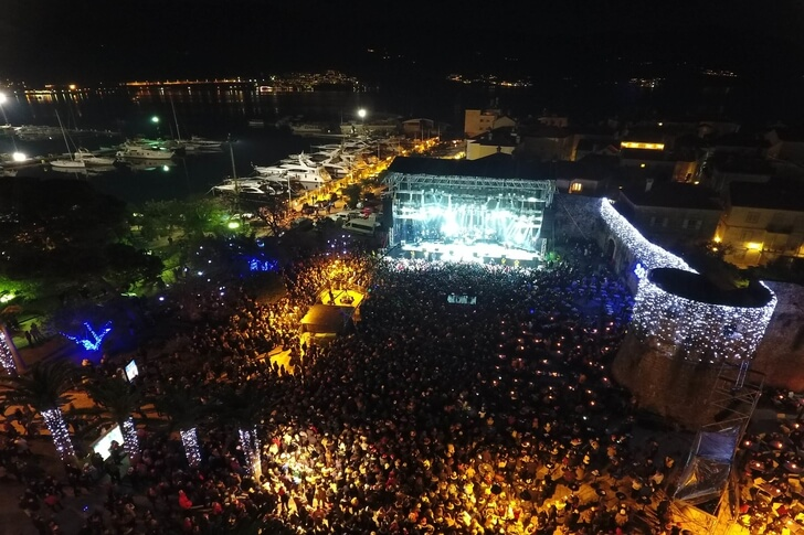 budva-activities budva-nightlife adriatic-sea budva-sea budva-registration-fee