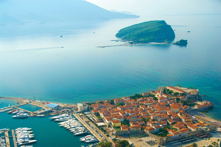 budva-marina budva-beach budva-activities budva-beach-bar budva-hotels