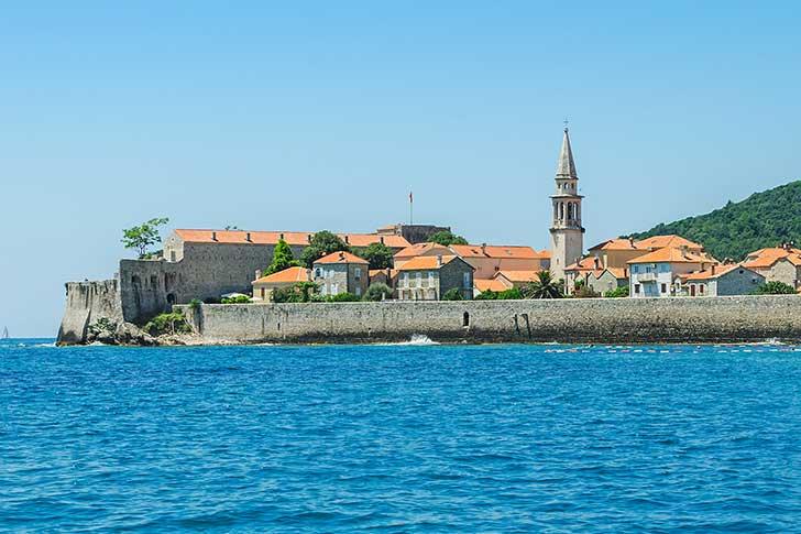 budva-beach budva-yacht budva-caffes budva-registration-fee budva-Montenegro